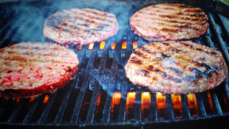How to Grill the Perfect Burger on the BBQ
